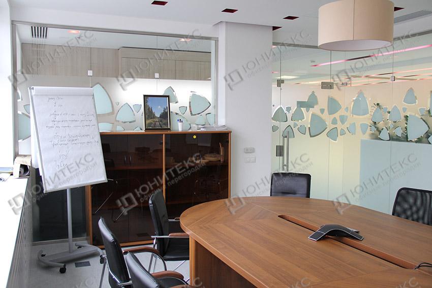 Русское в офисе, пловчихи фото сзади